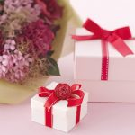 Mua quà gì mừng khai trương ý nghĩa?